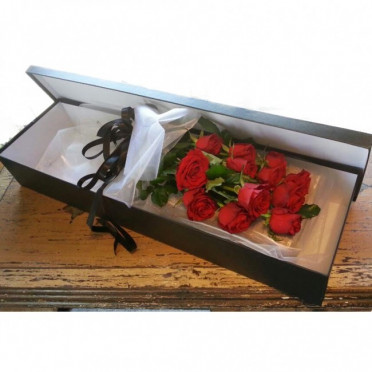 Red Roses in a Gift Box