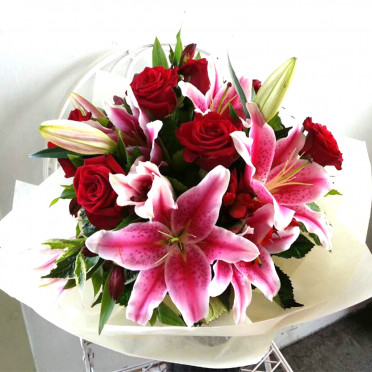 Red Rose and Pink Lily